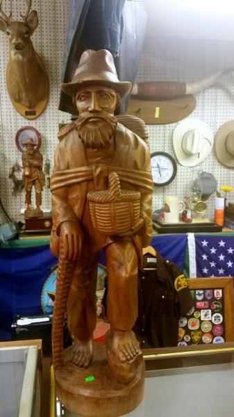 Wooden_Statue_Man